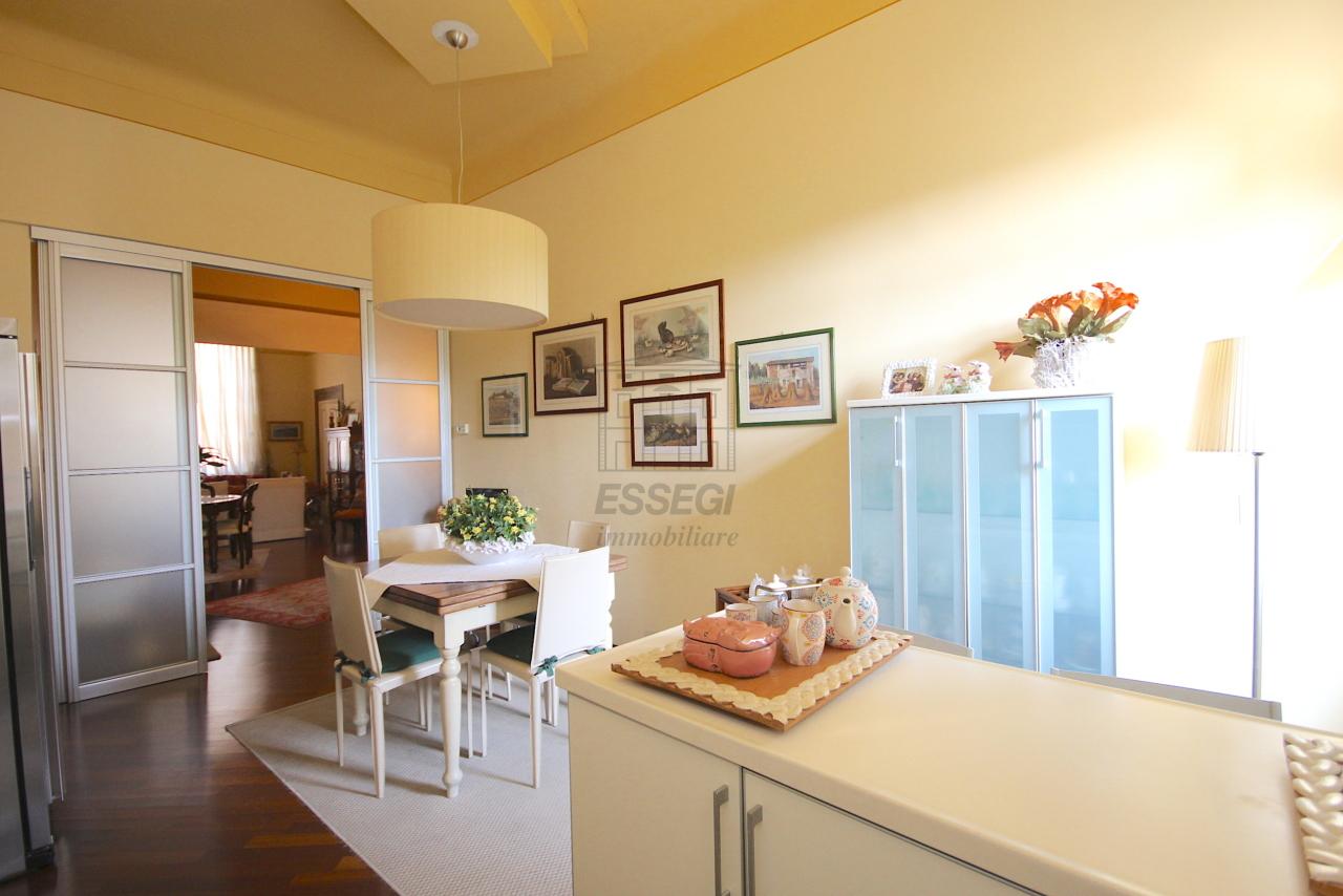 Appartamento Lucca Centro storico IA03415 img 7