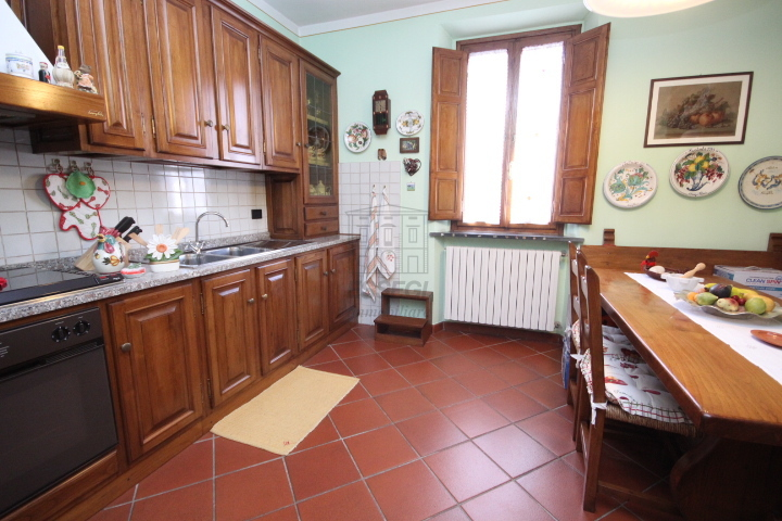 Appartamento Lucca Centro storico IA03038 img 4