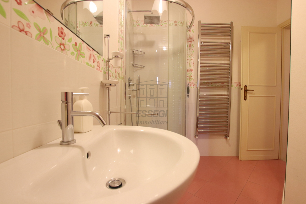 Appartamento Lucca Centro storico IA03538 img 10