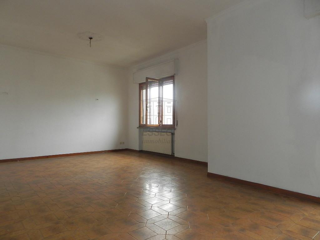 Appartamento Lucca S. Concordio IA03453 img 4
