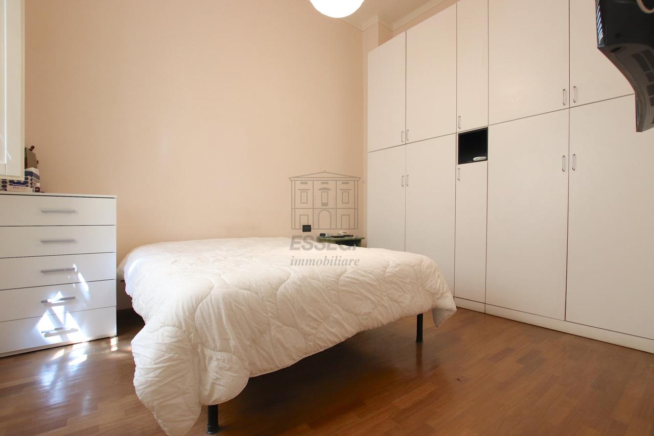 Appartamento Lucca Centro storico IA03526 img 32