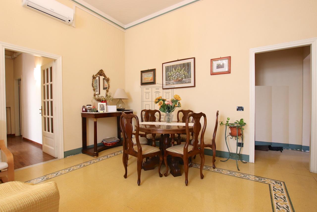 Appartamento Lucca Centro storico IA03526 img 5