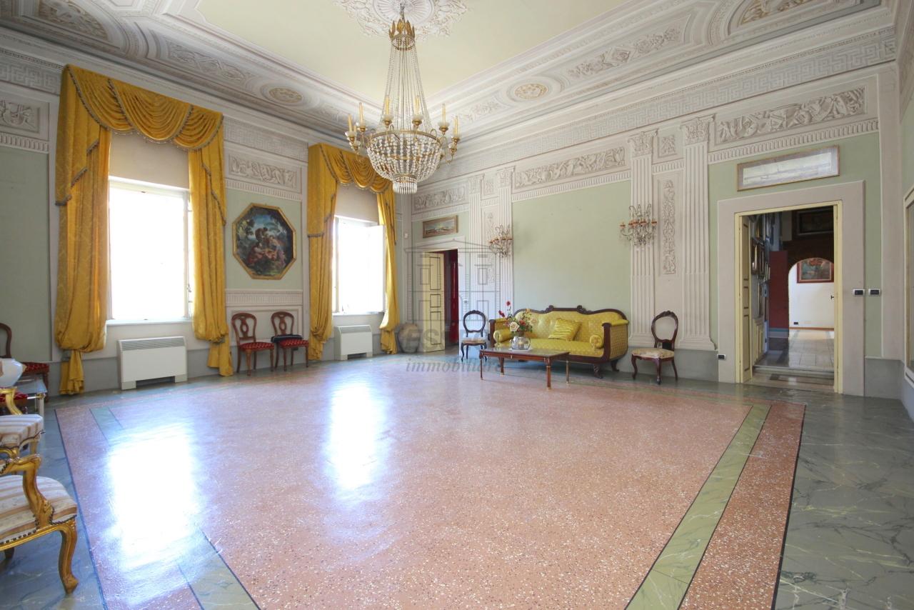 Appartamento Lucca Centro storico IA03358 img 3