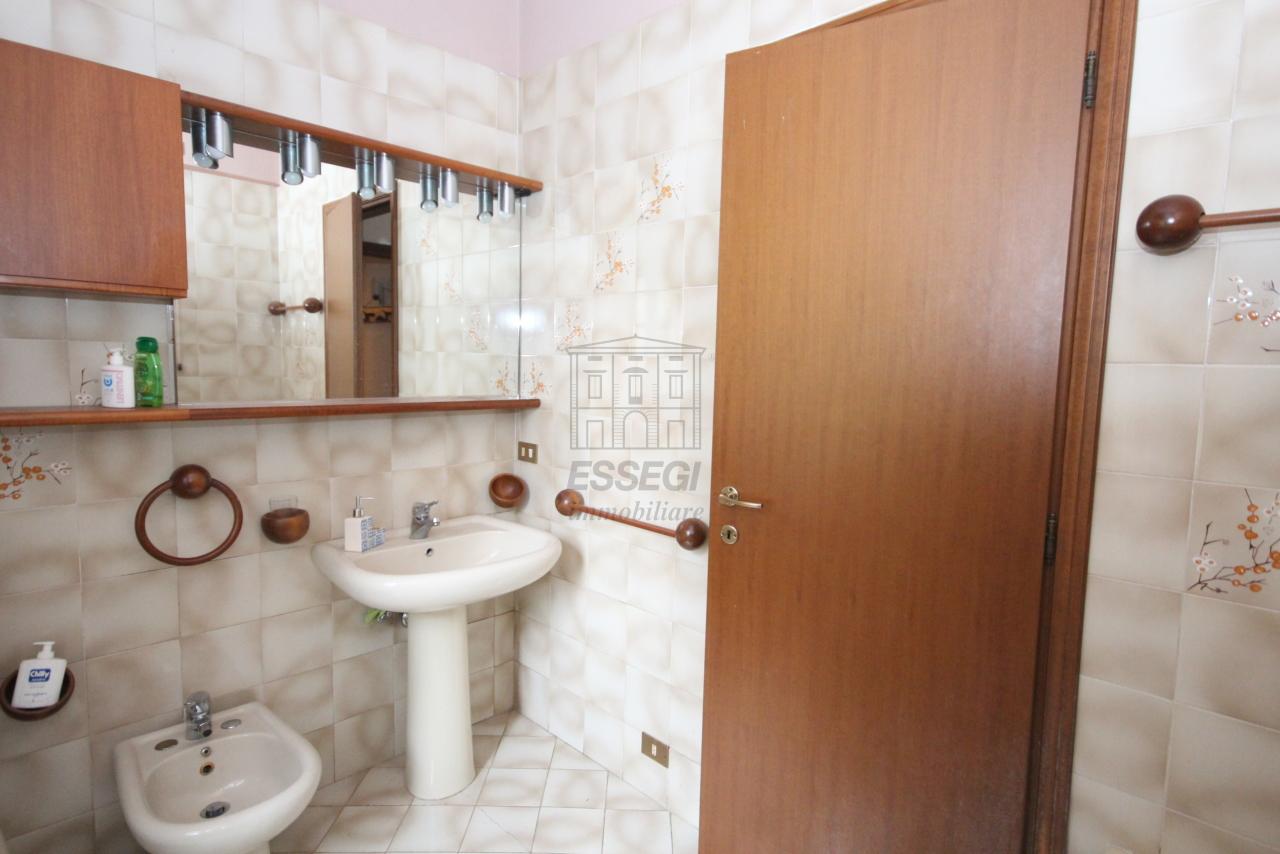 Villa divisa in due unità Lucca S. Cassiano a Vico IA03434 img 9