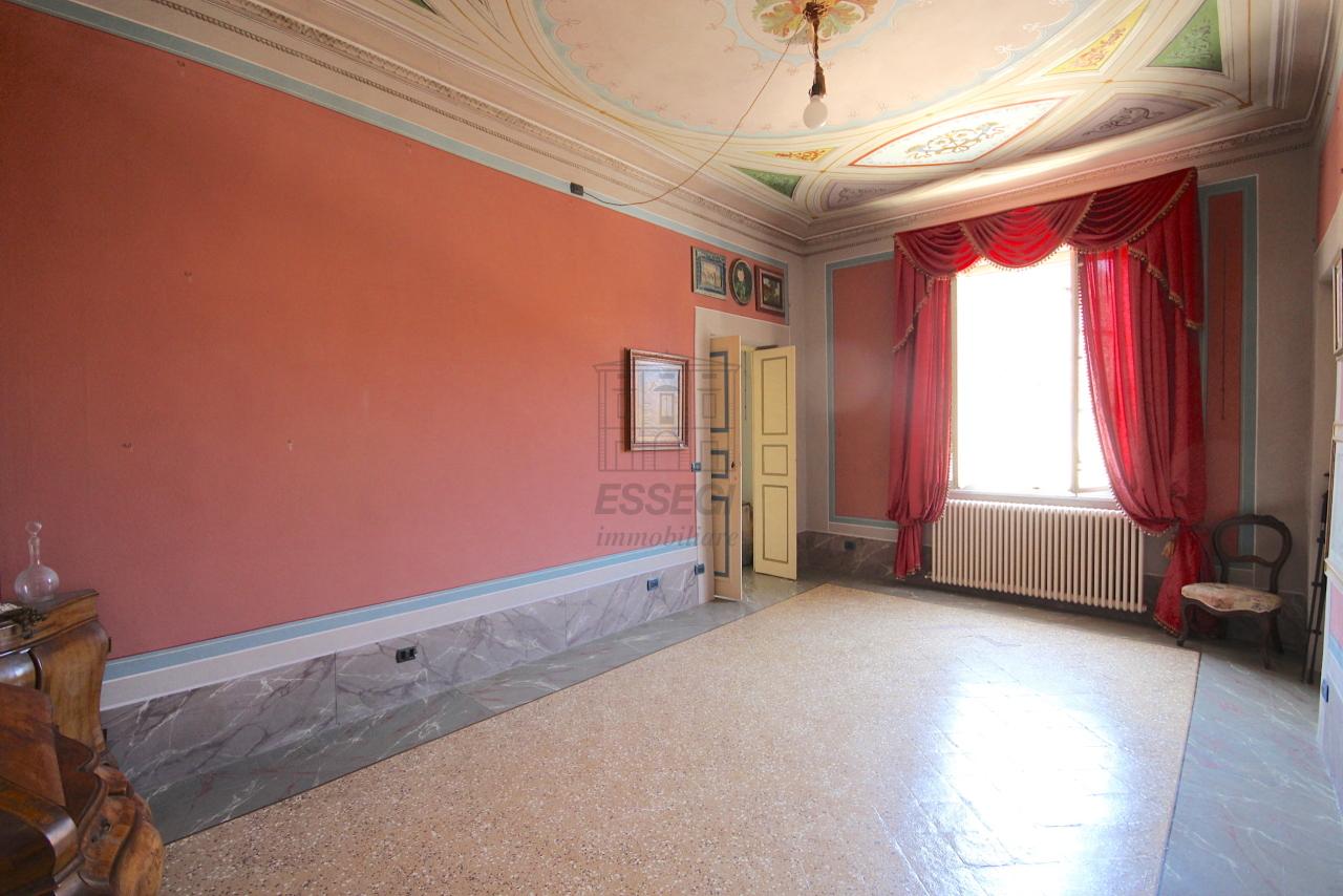 Appartamento Lucca Centro storico IA03358 img 30