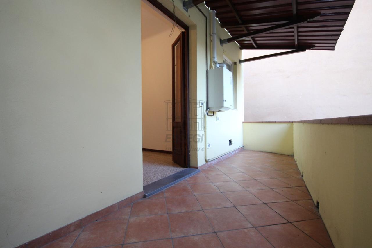 Appartamento Lucca Centro storico IA03397-bis img 19