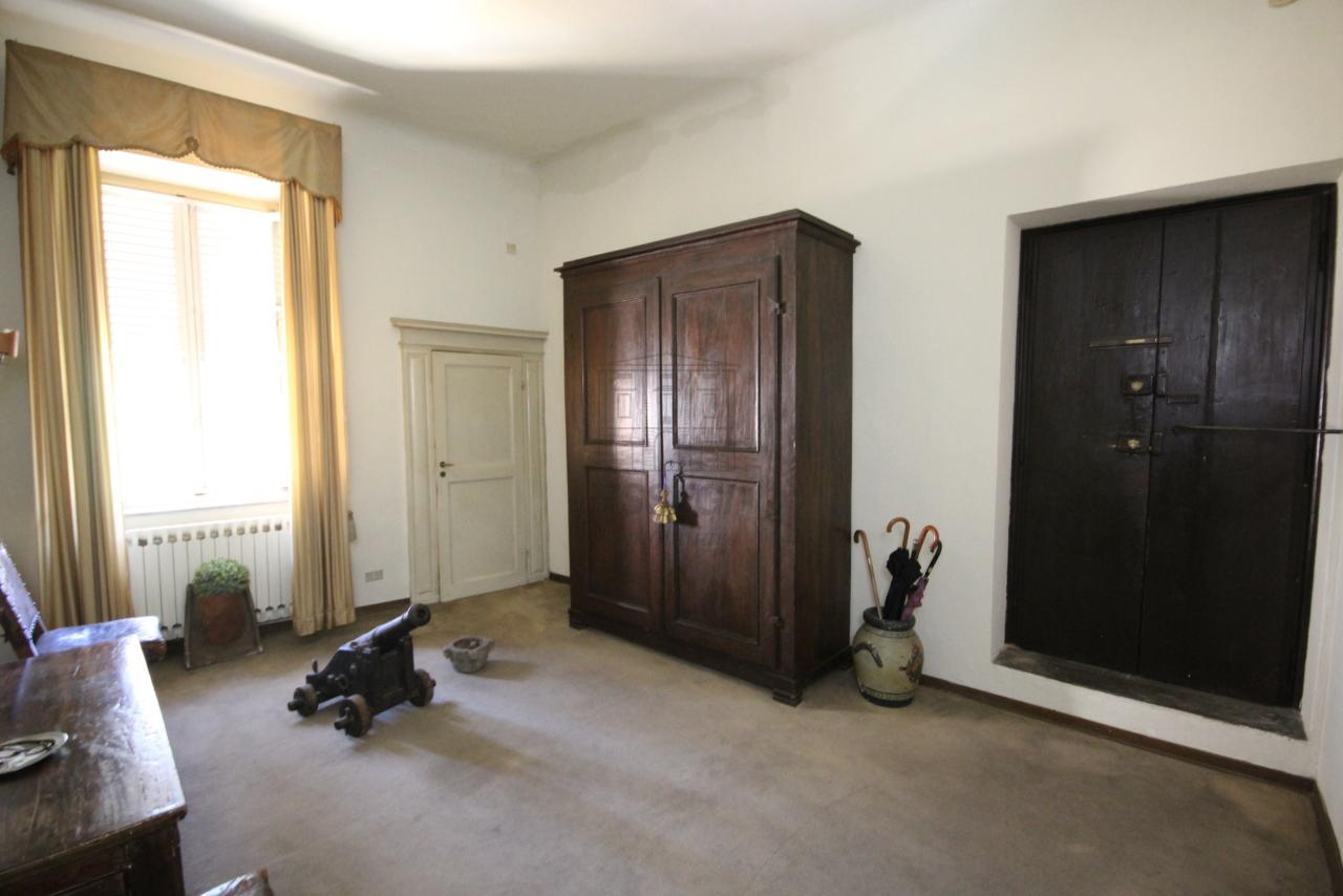 Appartamento Lucca Centro storico IA03325 img 14