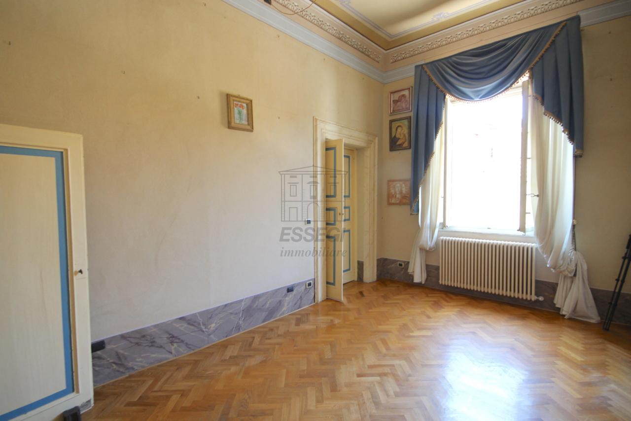Appartamento Lucca Centro storico IA03358 img 27