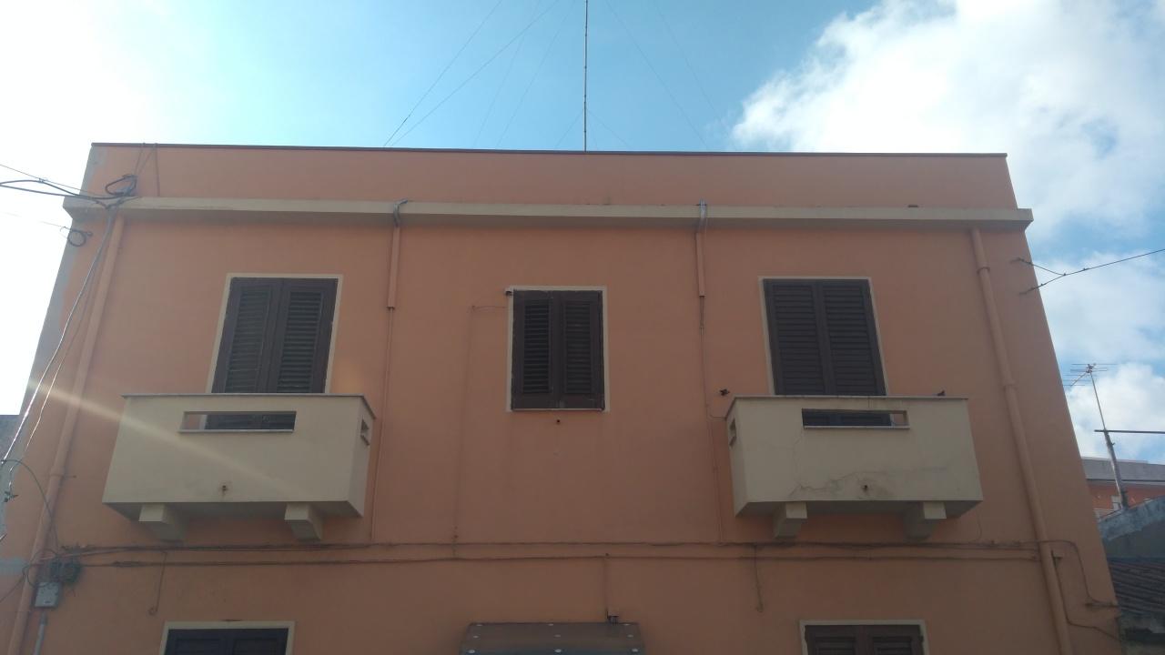 Appartamento in vendita a Reggio Calabria, 3 locali, prezzo € 55.000 | CambioCasa.it