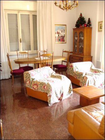 Pentalocale in buone condizioni in vendita Rif. 10492011