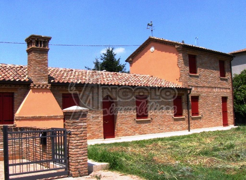 VILLE e VILLETTE - villa stile rurale  a FRAZIONI-PERIFERIA, Rovigo