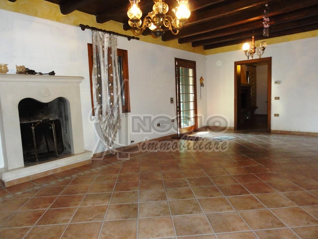 Rustico / Casale in vendita Rif. 4147544