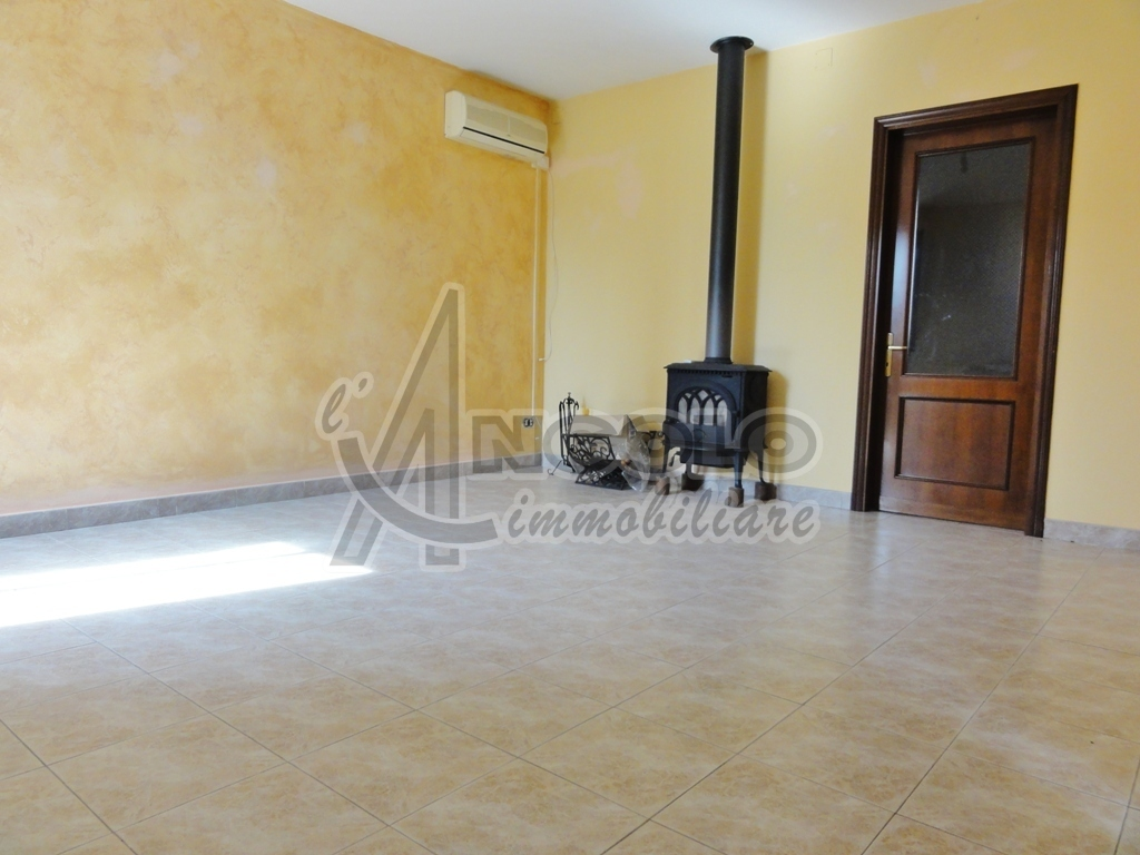 Rustico / Casale in ottime condizioni in vendita Rif. 10280812