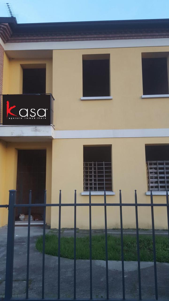 Villa a Schiera in vendita a Agugliaro, 7 locali, prezzo € 185.000 | CambioCasa.it