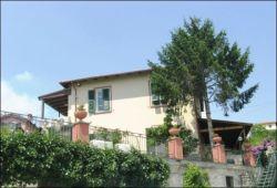 Villa in Vendita a La Spezia, 210 m²