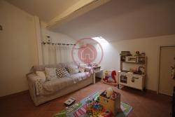 Appartamento in Vendita a Lucca, zona Centro Storico, 185'000€, 80 m²