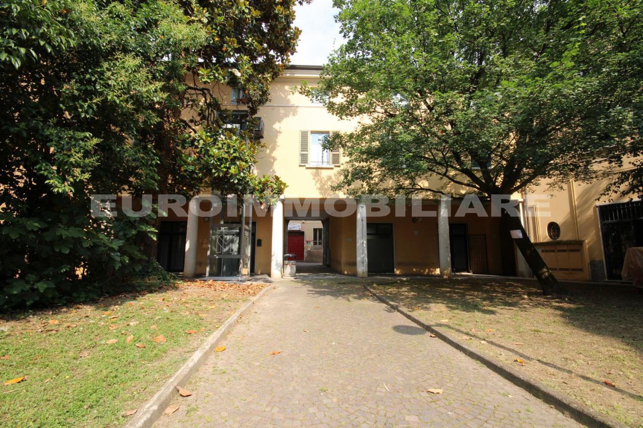 Negozio / Locale in vendita a Cellatica, 2 locali, prezzo € 100.000 | CambioCasa.it
