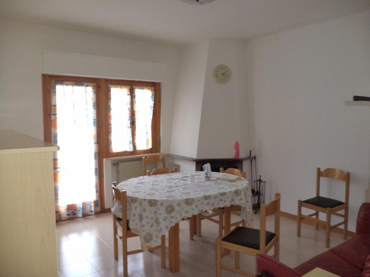 Appartamento in vendita a Caramanico Terme, 5 locali, prezzo € 75.000 | PortaleAgenzieImmobiliari.it