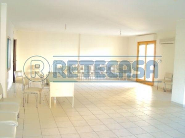 Direzionale - Ufficio a PORTANUOVA / STADIO, Pescara Rif. 10849600