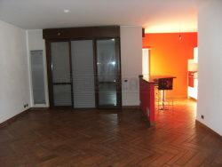 Quadrilocale in Vendita a Bergamo, 160'000€, 103 m², con Box