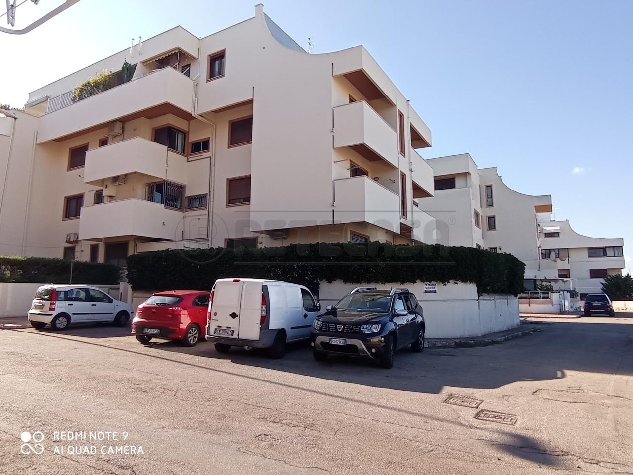 Appartamento in vendita a Gallipoli, 6 locali, prezzo € 160.000 | CambioCasa.it