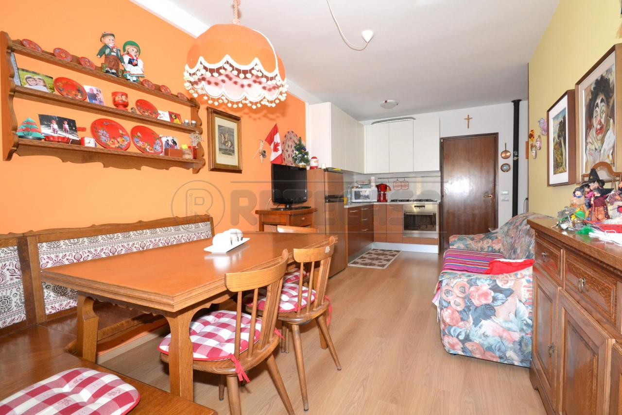 Appartamento in vendita a Recoaro Terme, 4 locali, prezzo € 70.000 | PortaleAgenzieImmobiliari.it