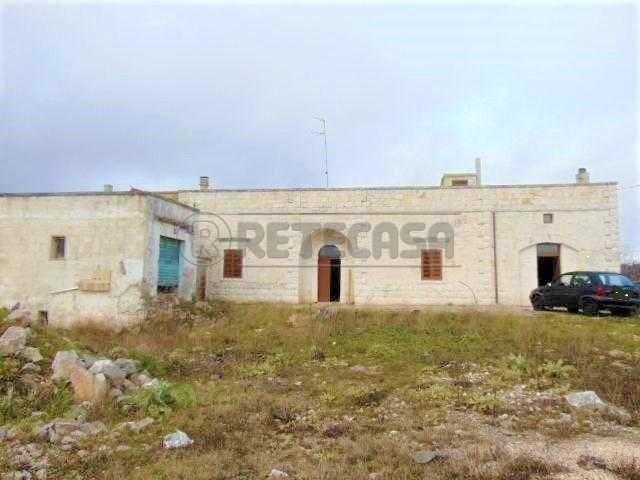 Rustico / Casale in buone condizioni in vendita Rif. 9629712