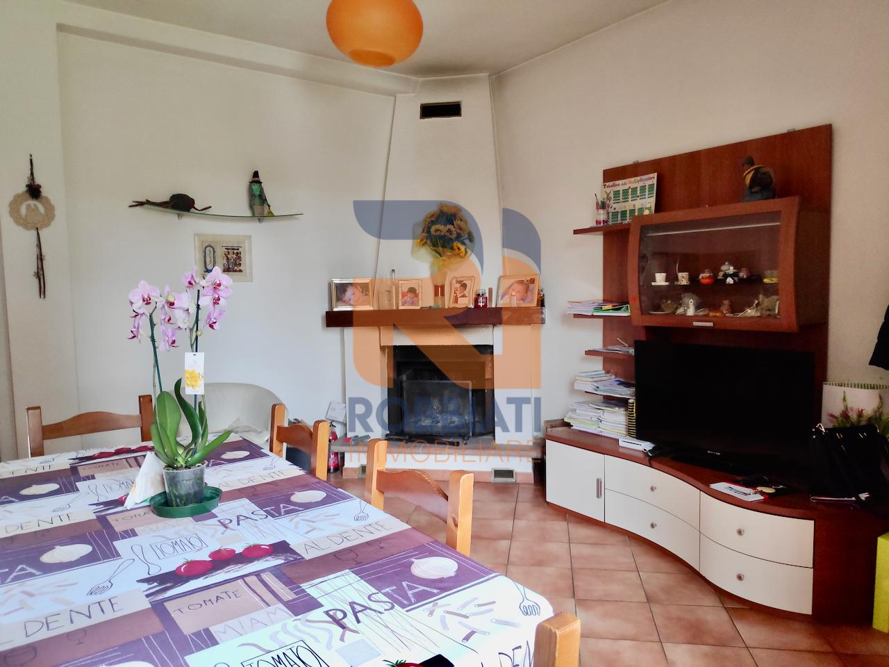 Villa a Schiera in vendita a Bressana Bottarone, 4 locali, prezzo € 128.000   PortaleAgenzieImmobiliari.it