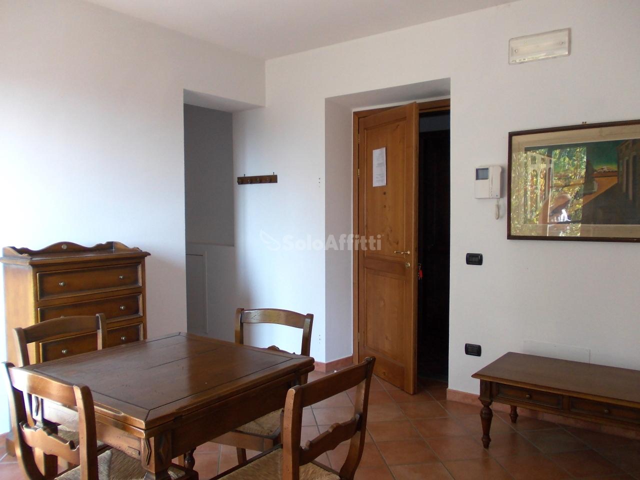 Appartamento in affitto a Greve in Chianti, 3 locali, prezzo € 600 | CambioCasa.it