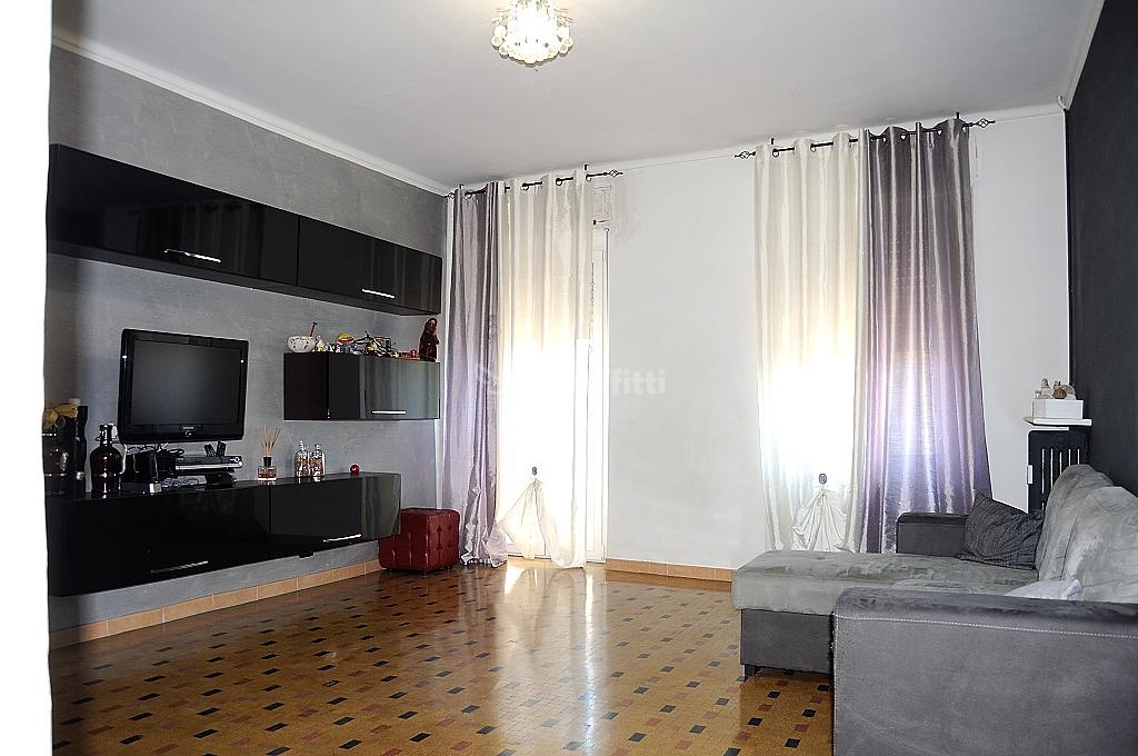 Appartamento in affitto a Settimo Torinese, 5 locali, prezzo € 600 | PortaleAgenzieImmobiliari.it