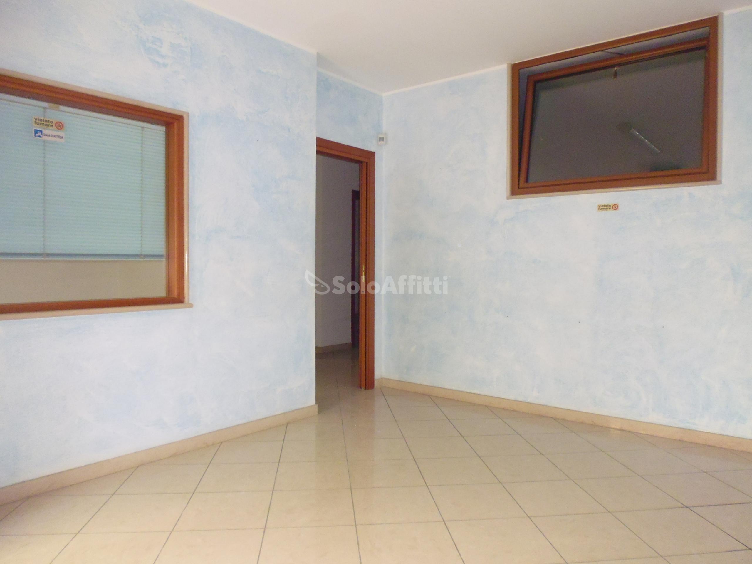 Ufficio Casa Barletta : Immobili in affitto barletta case uffici e negozi in affitto