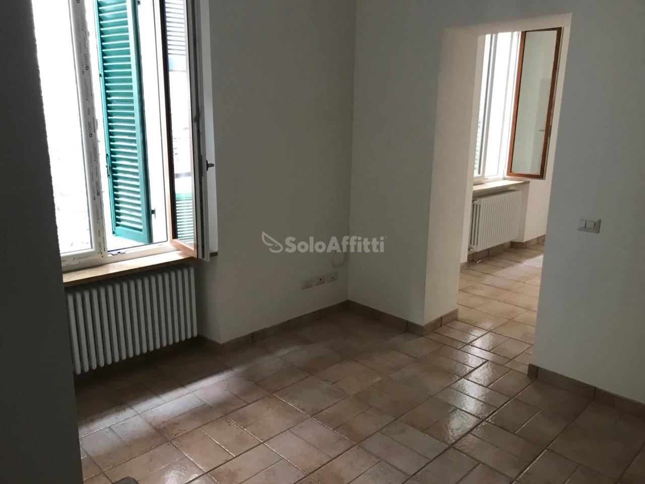 Quadrilocale ristrutturato in affitto Rif. 8518202