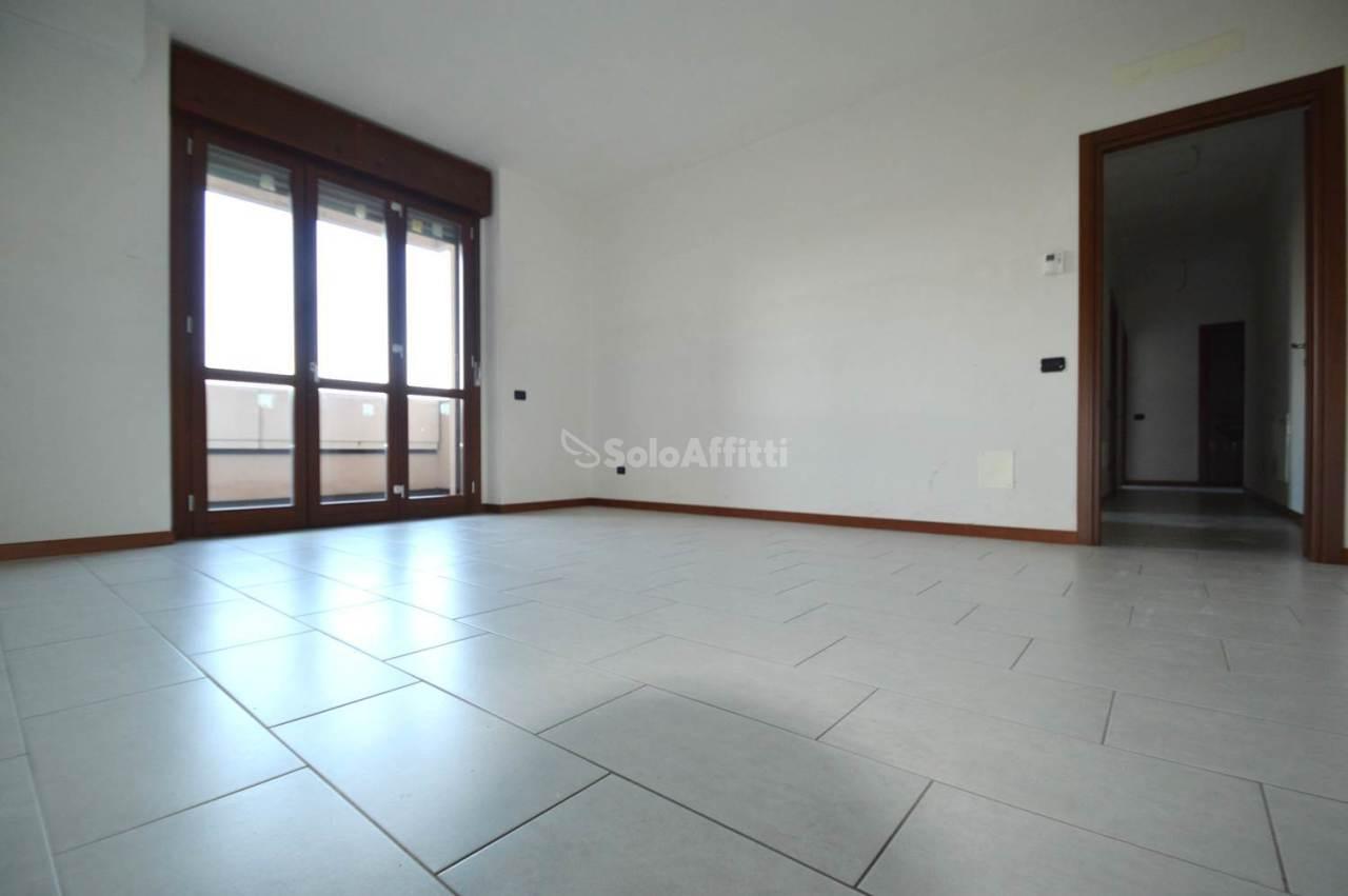 Ufficio - 4 locali a Opera Rif. 12171447