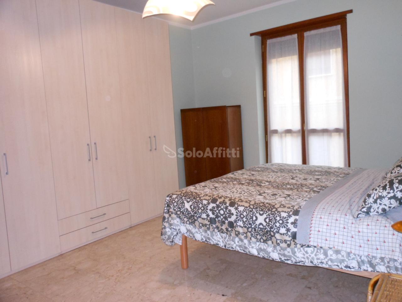 Bilocale in ottime condizioni arredato in affitto Rif. 10063121