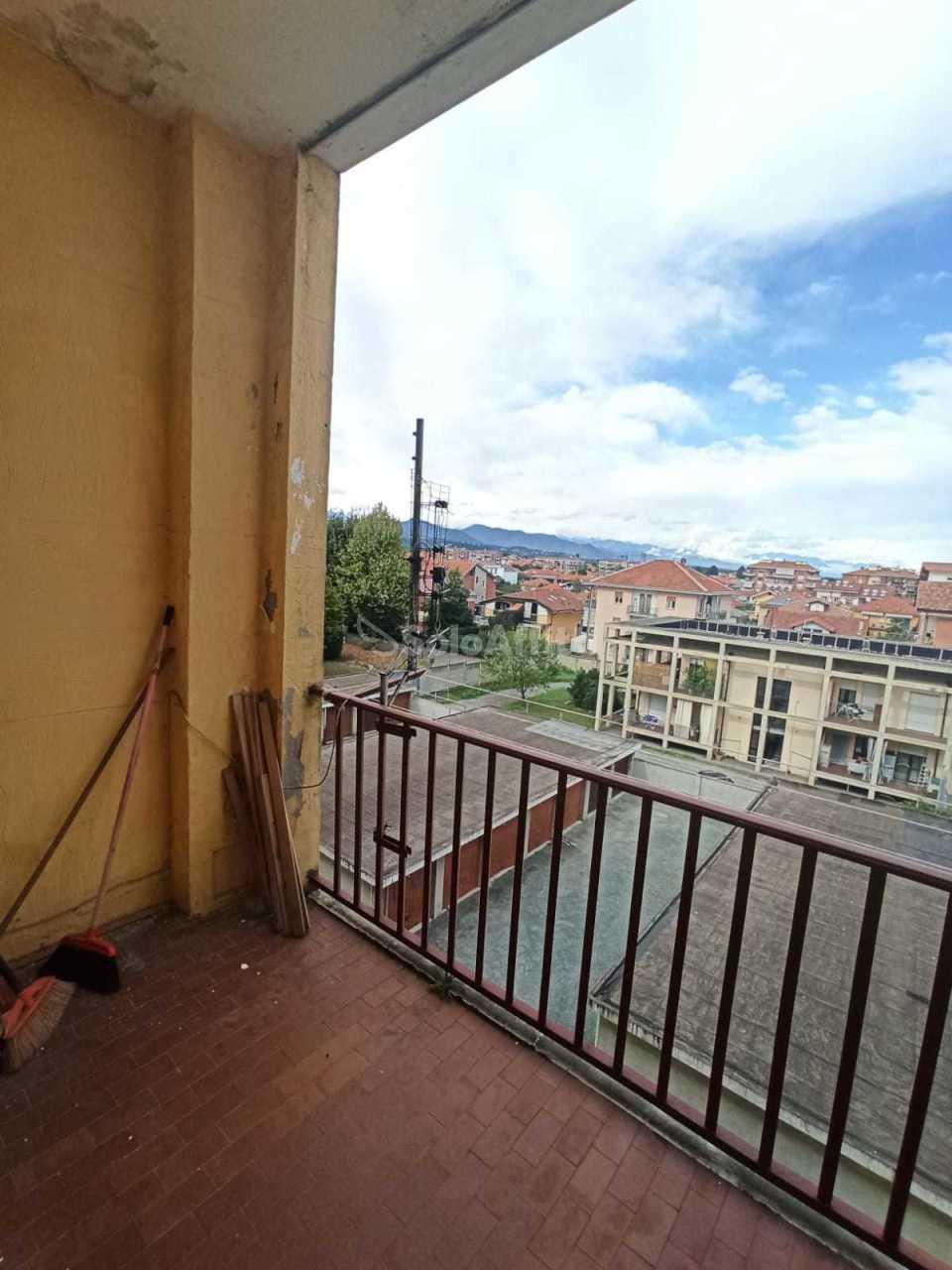 Appartamento in affitto a Orbassano, 2 locali, prezzo € 350 | PortaleAgenzieImmobiliari.it