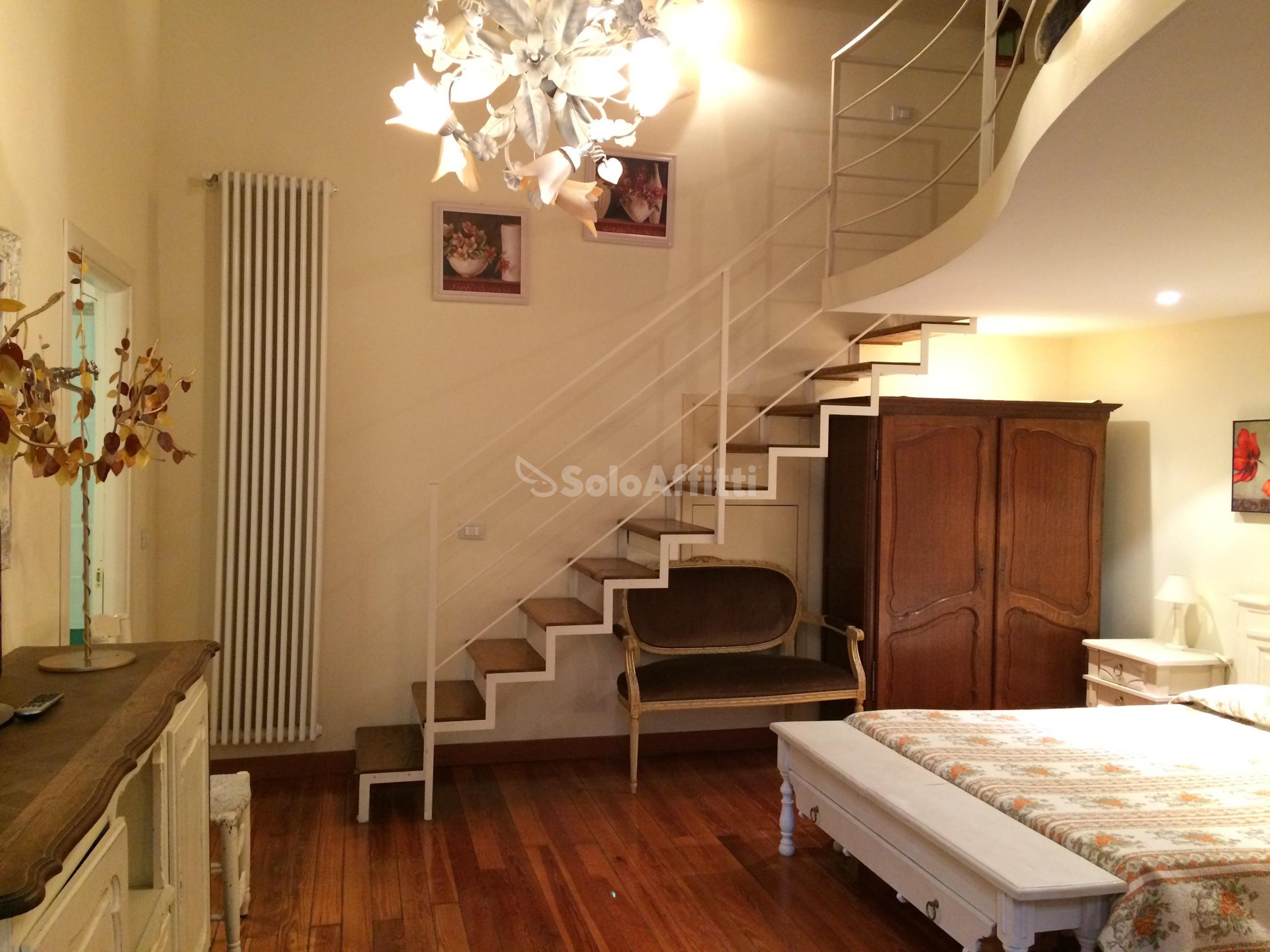 Affitto appartamento monolocale arredato 60 mq for Affitto chieri arredato
