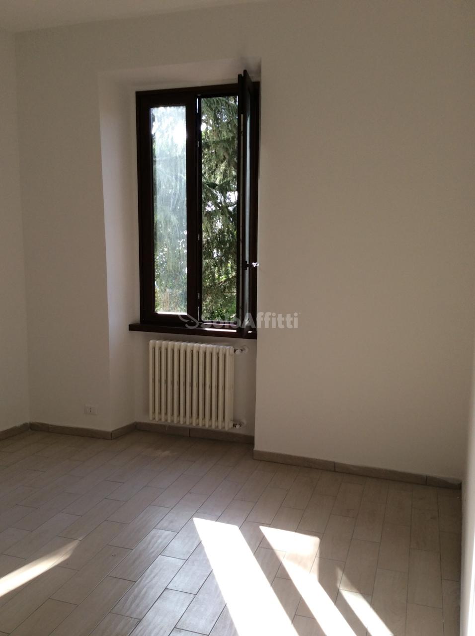 Quadrilocale ristrutturato in affitto Rif. 11478391