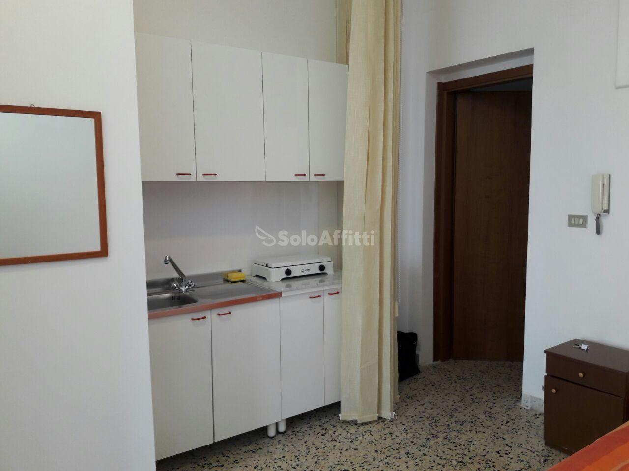 Monolocale arredato in affitto Rif. 5809115