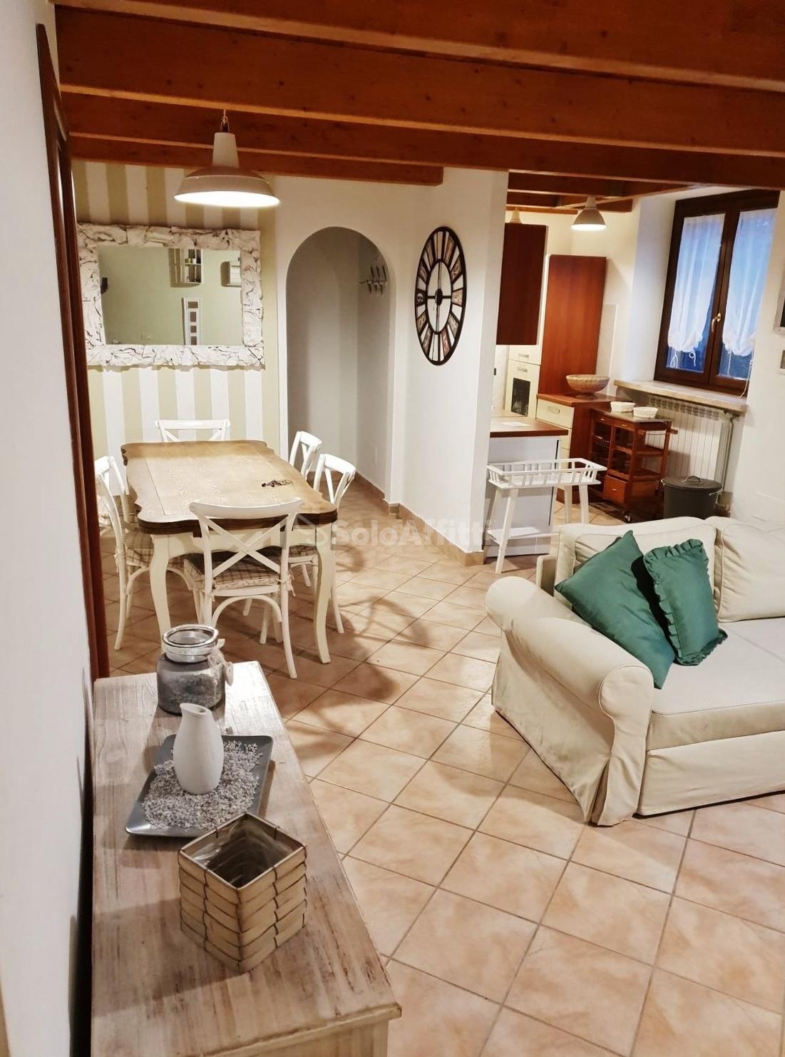 Fiumicino, Maccarese - villa a schiera con giardin