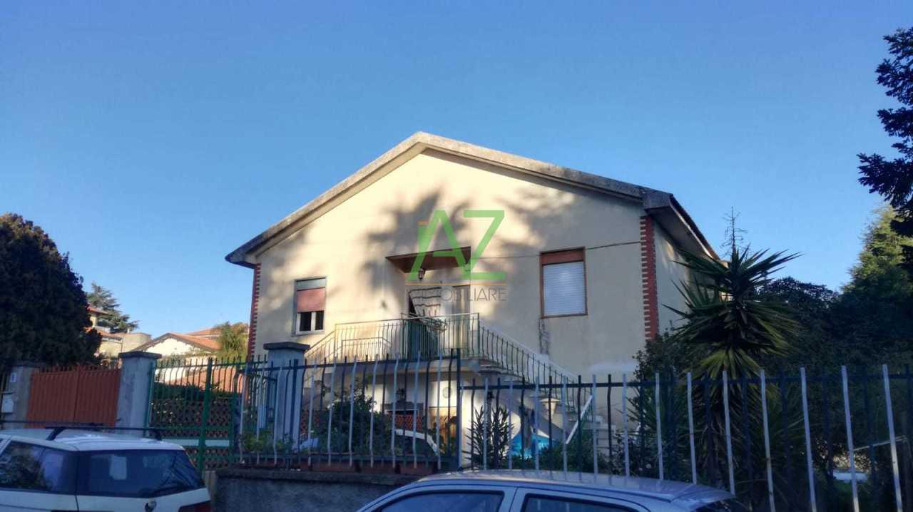 Appartamento in vendita a Pedara, 3 locali, prezzo € 85.000 | CambioCasa.it