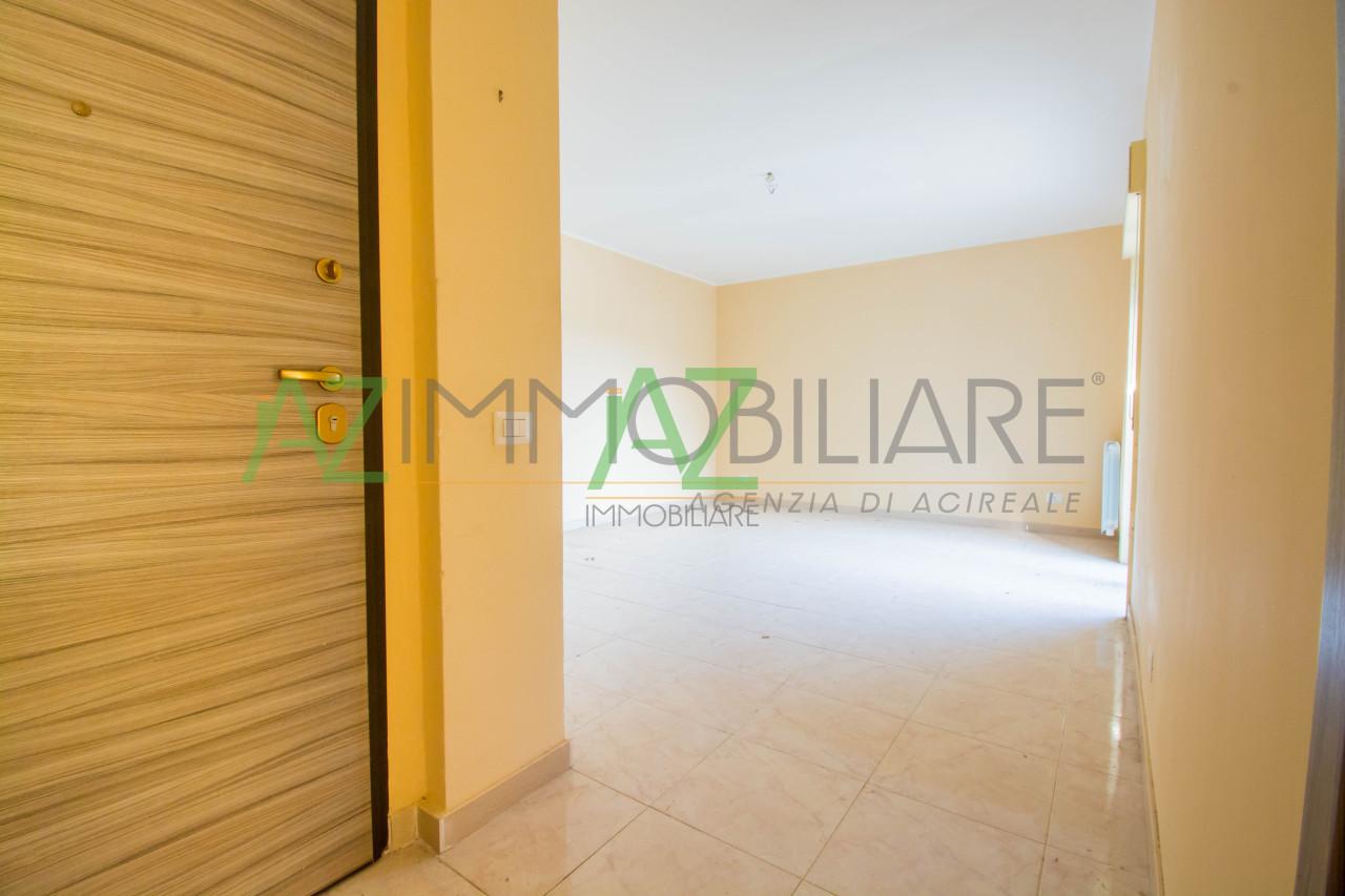 Appartamento ristrutturato in vendita Rif. 7068854