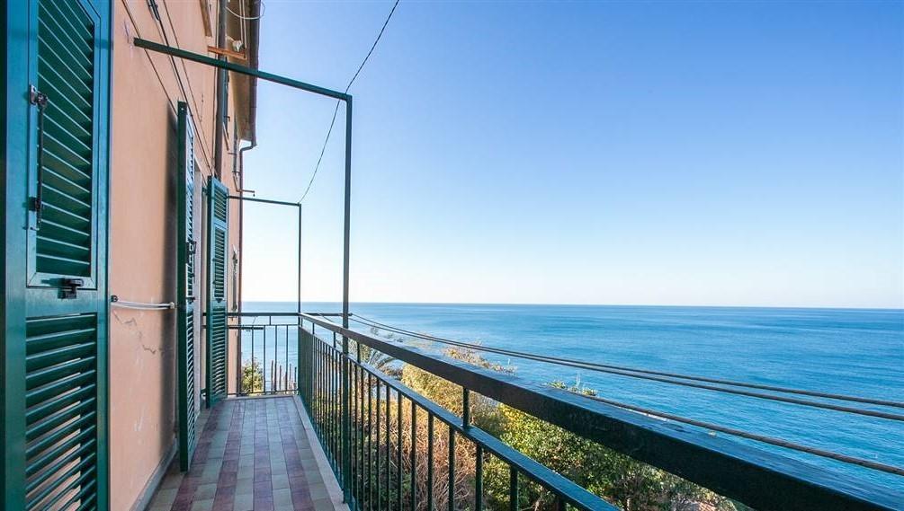Appartamento in vendita a Riomaggiore, 3 locali, prezzo € 520.000 | CambioCasa.it