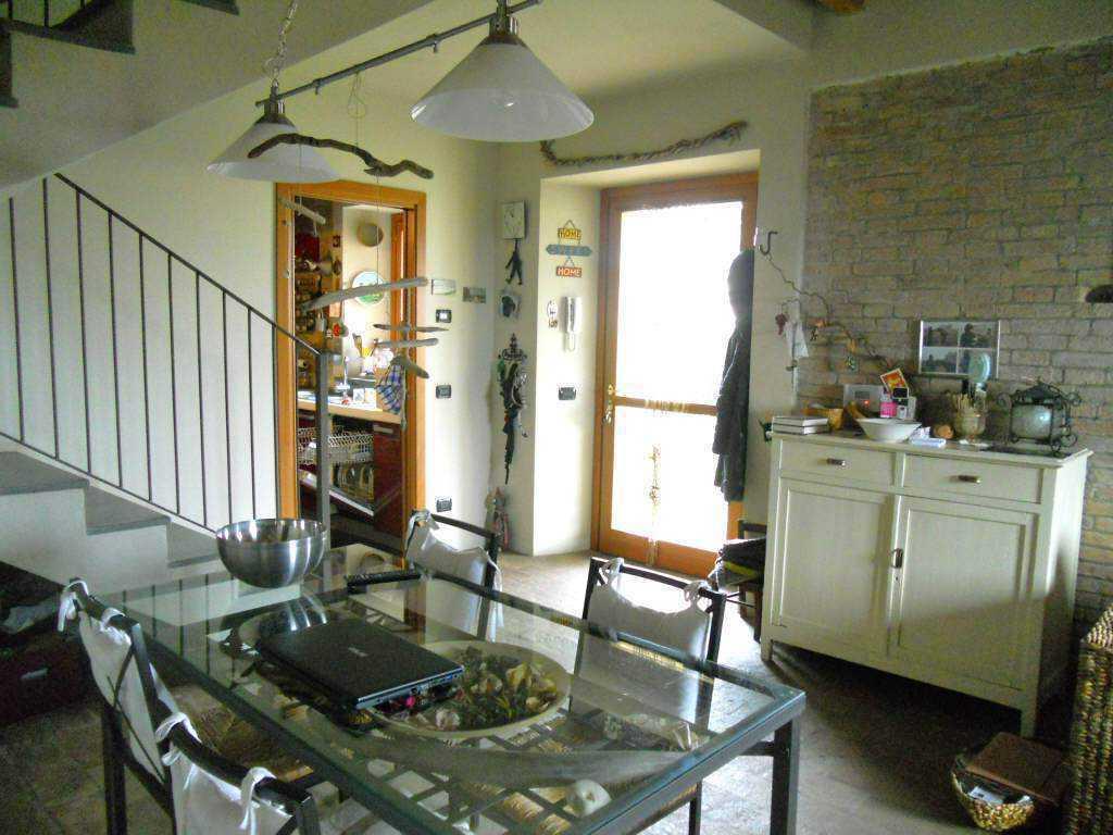 Casa Indipendente ristrutturato in vendita Rif. 5398215