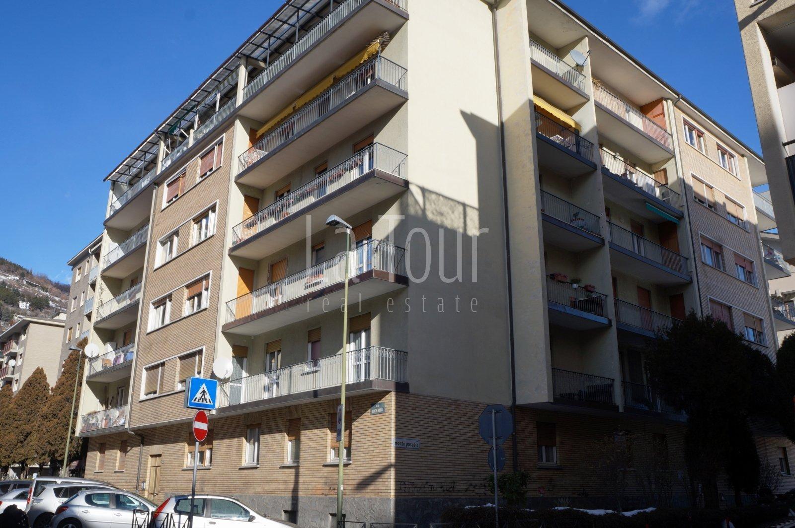 trilocale in vendita in Via M. Pasubio