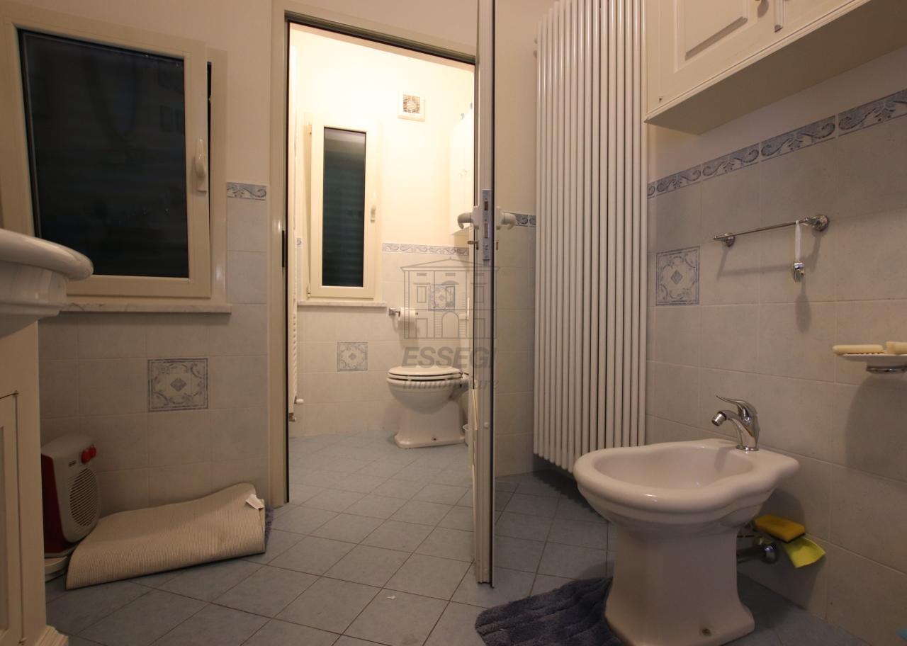 Appartamento Lucca Centro storico IA03499 img 16