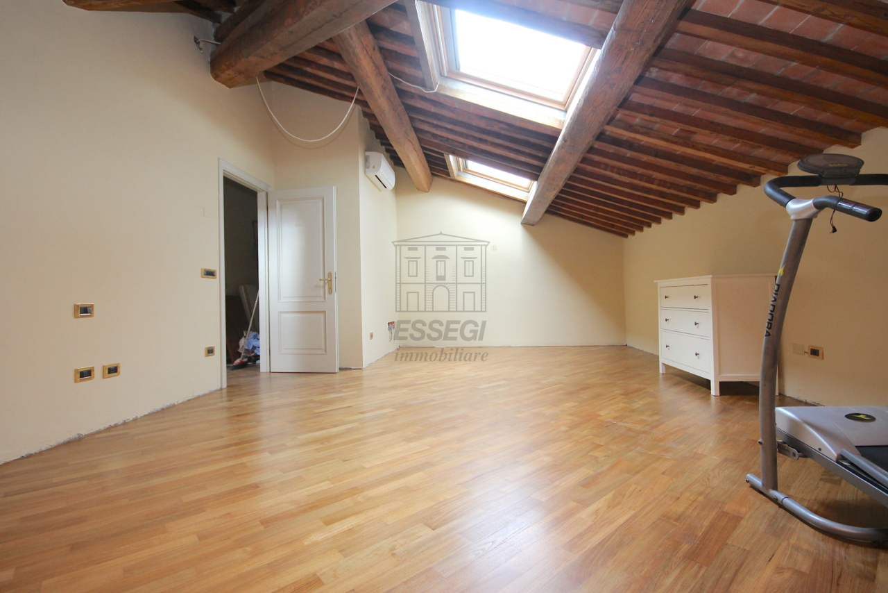 Appartamento Lucca Circonvallazione IA01661 img 30