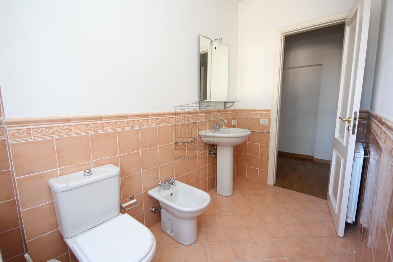 Appartamento Lucca Centro storico IA03213 img 8