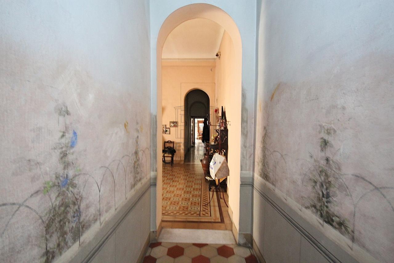 Appartamento Lucca Centro storico IA03446 img 12