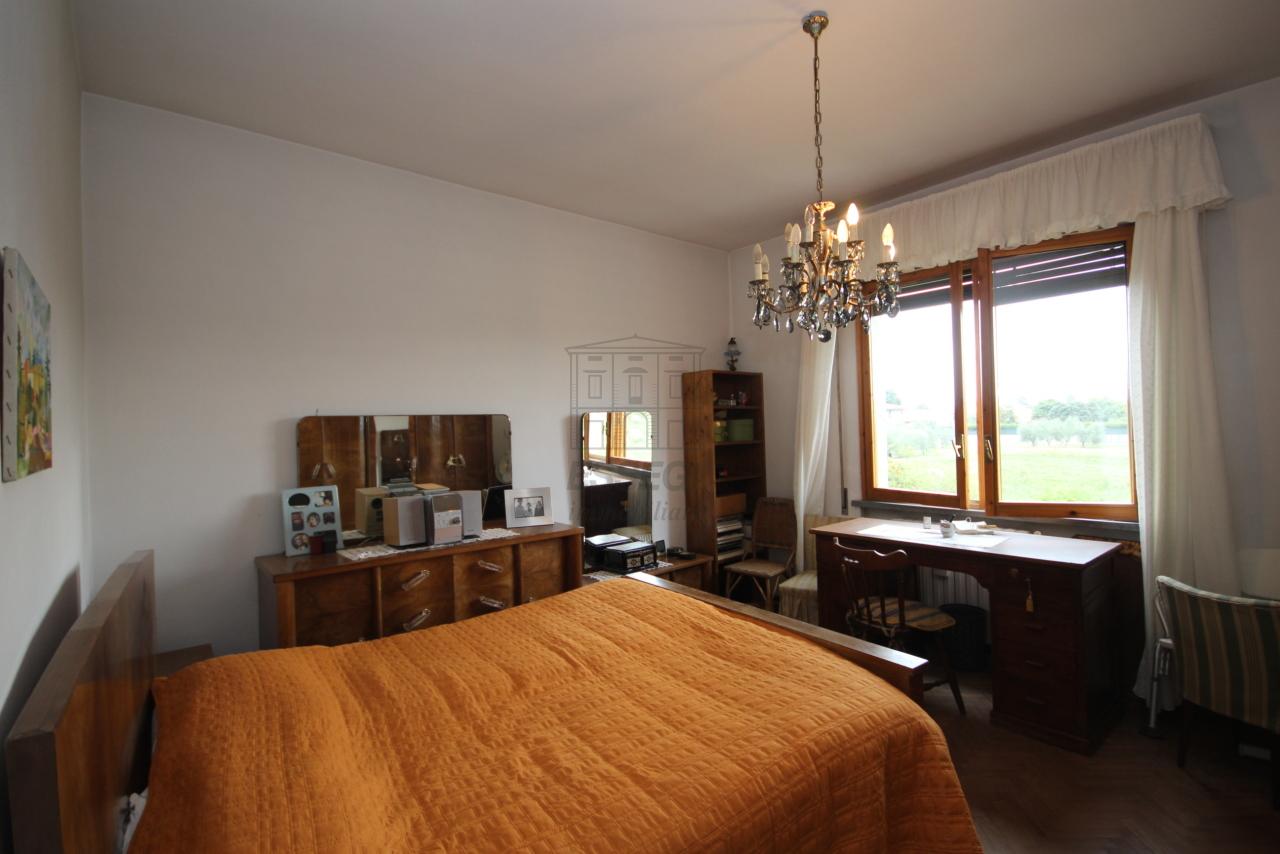 Villa divisa in due unità Lucca S. Cassiano a Vico IA03434 img 17