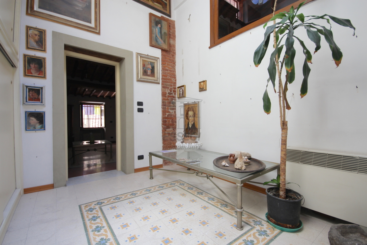 Appartamento Lucca Centro storico IA03358 img 15